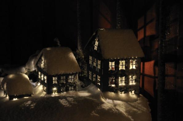Hus i snö 2