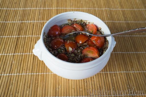 Grov-tapenad-med-tomater
