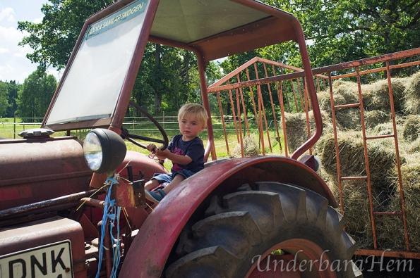 Millian-kör-traktor