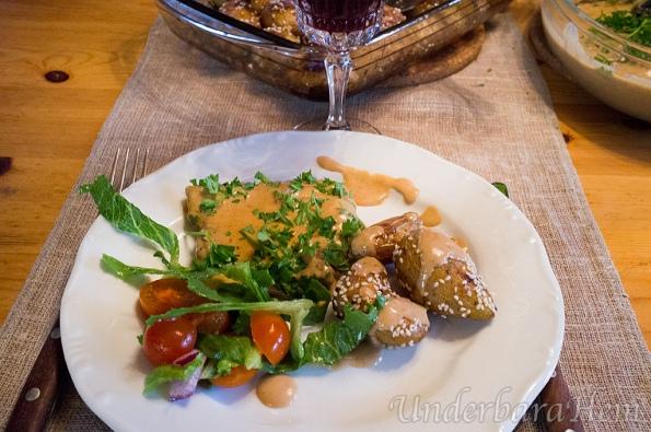 Bacon-och-senapsfylld-lövbiff-med-Grekisk-potatis