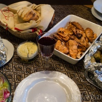 Marinerad kycklinginnerfilé, potatis i folie och bröd gräddat på grillen!