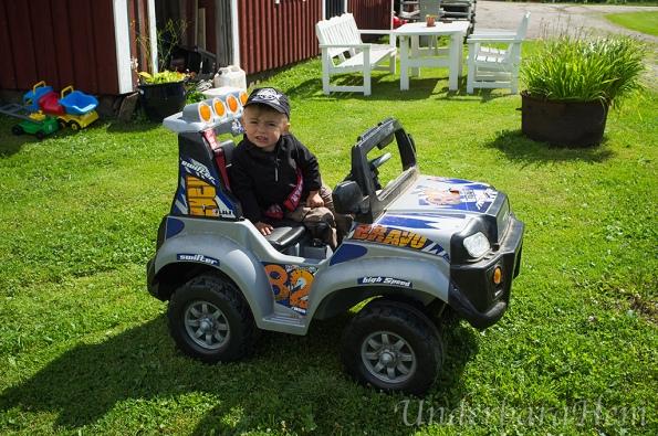 Millian-och-jeep2015