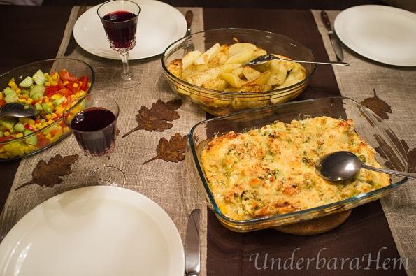 Kycklinggratäng-med-grön-chili,-vitlök-och-parmesan