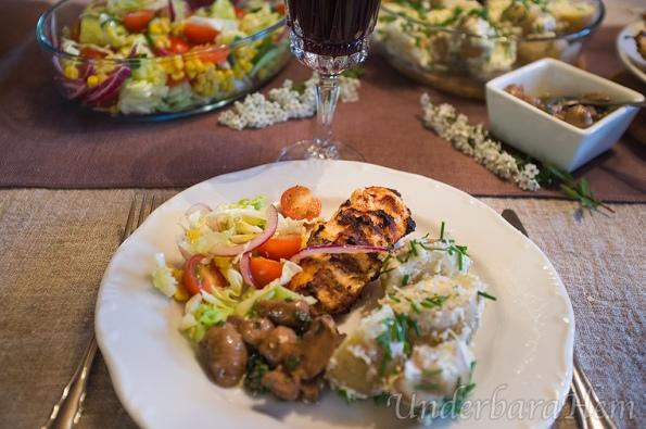 Kyckling-i-youghurtmarinad-på-tallrik