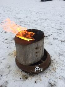 vedklabbe-med-eld
