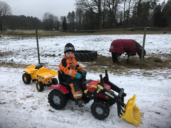 mille-kor-traktor